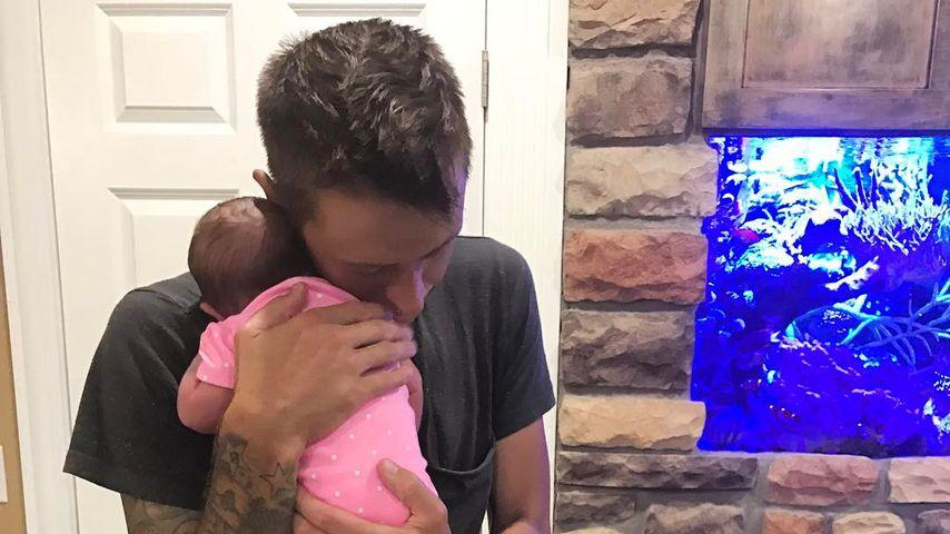 Roman Atwood mit seiner Tochter Cora