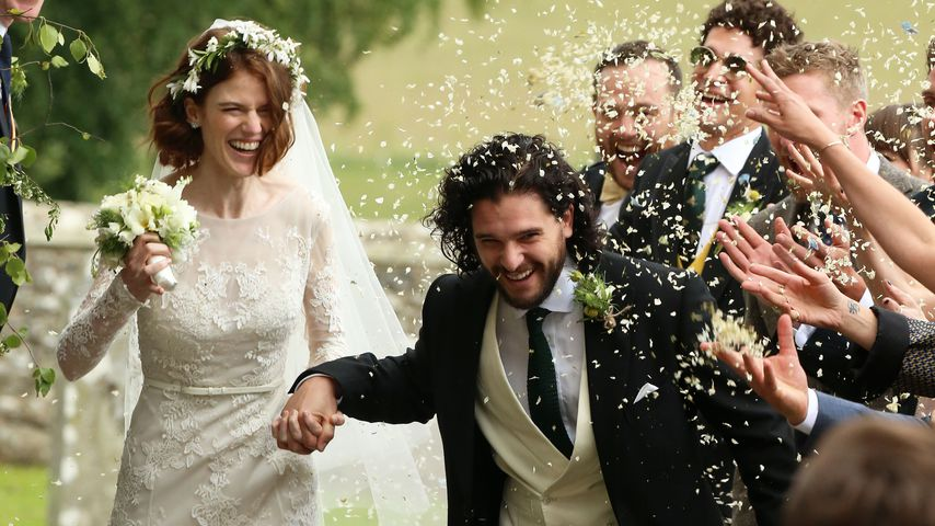 Rose Leslie und Kit Harington während ihrer Hochzeit