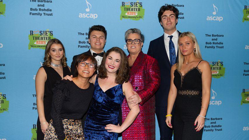Rosie O'Donnell mit ihren Kindern und Freunden, November 2019