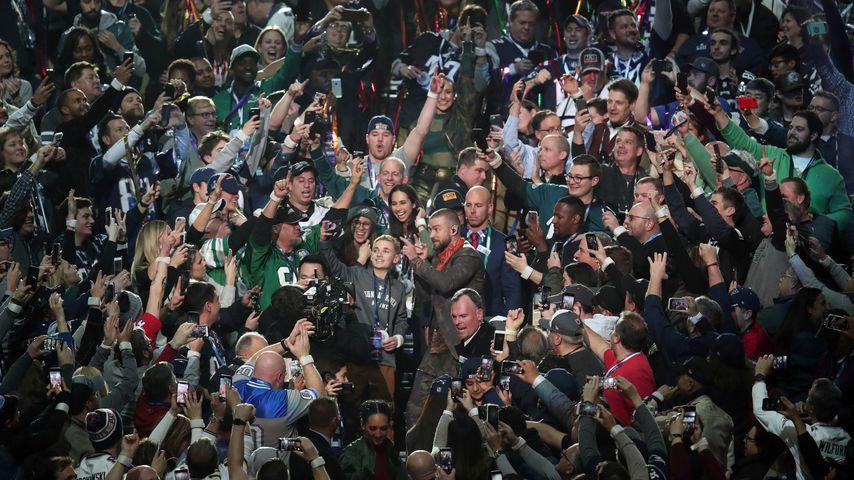 Ryan McKenna und Justin Timberlake in der Super-Bowl-Halbzeitshow in Minneapolis