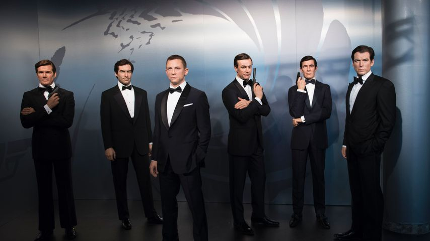 Sämtliche James-Bond-Darsteller als Wachsfiguren im Madame Tussauds in Berlin