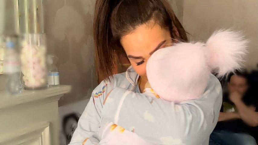 Safiyya Vorajee mit ihrer Tochter Azaylia