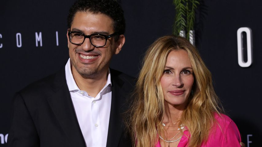 """Sam Esmail und Julia Roberts bei der Premiere von """"Homecoming"""" in Los Angeles"""