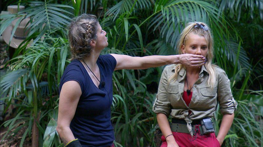Sandra Kiriasis und Evelyn Burdecki am fünften Dschungelcamp-Tag
