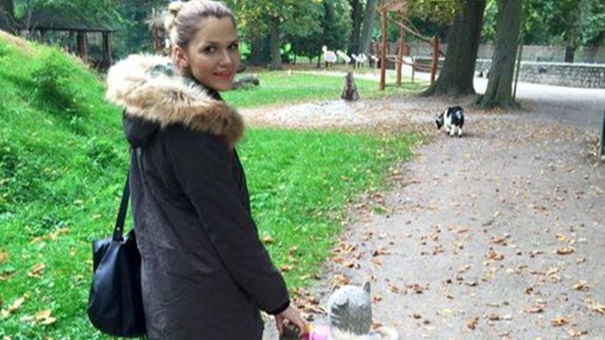 Sara Kulka: Süßer Herbstspaziergang mit Töchterchen Mathilda