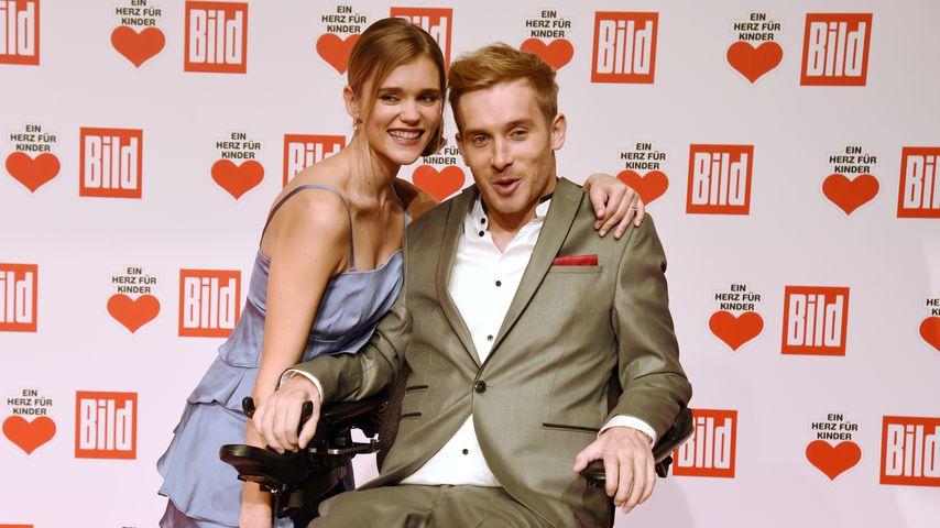 Sarah Elena und Samuel Koch auf der Ein-Herz-für-Kinder-Gala