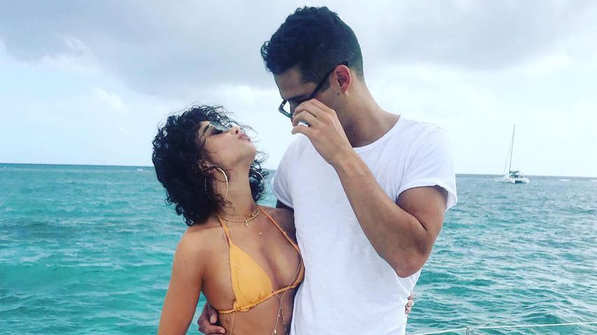 So happy nach Transplantation: Sarah Hyland & Wells turteln