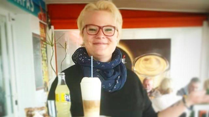 Sarah Liesenhoff, Servicekraft