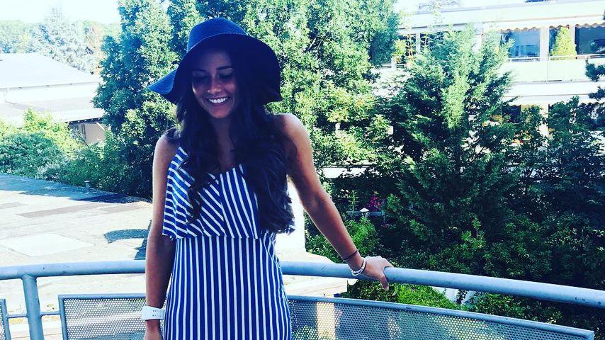 Die fühlt sich wohl! Hier posiert Sarah auf Pietros Balkon