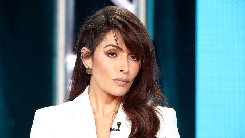 "Sarah Shahi in der TV-Show ""City on a Hill"""
