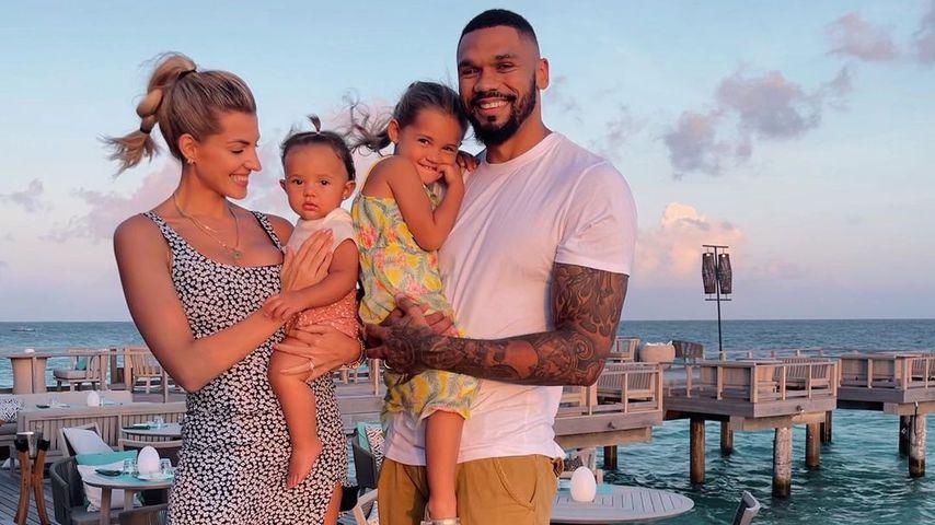 Sarah und Domi Harrison schicken Mia auf Schule in Dubai