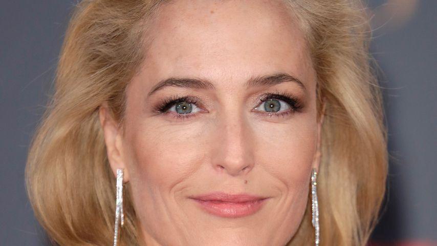 """Schauspielerin Gillian Anderson bei der """"The Crown""""-Premiere"""