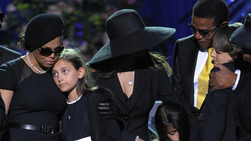 Die Jackson-Familie 2009 bei der Gedenkfeier für Michael Jackson