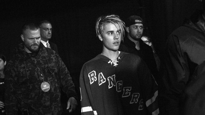 Justin Bieber backstage bei einer Preisverleihung