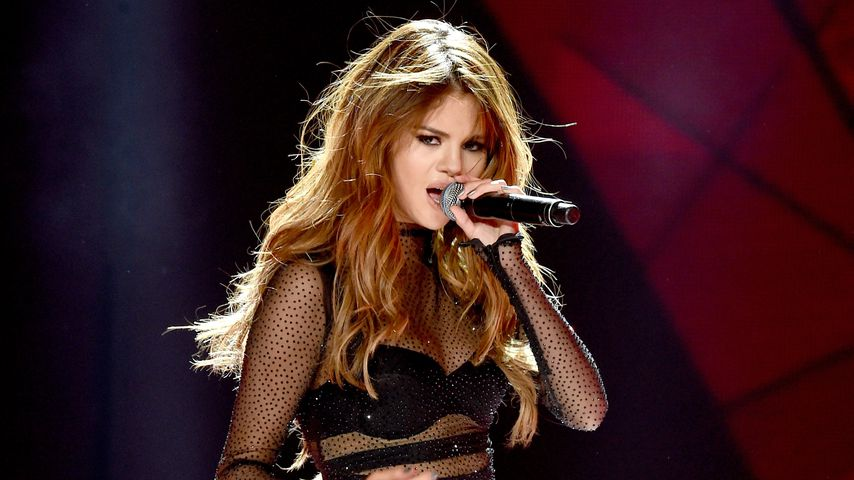 Selena Gomez im Staples Center 2016 in Los Angeles