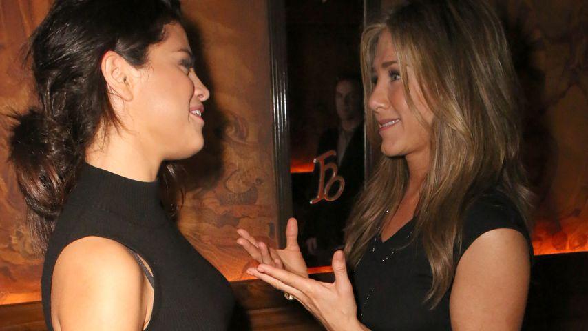 """Selena Gomez und Jennifer Aniston auf der """"Cake""""-Party"""