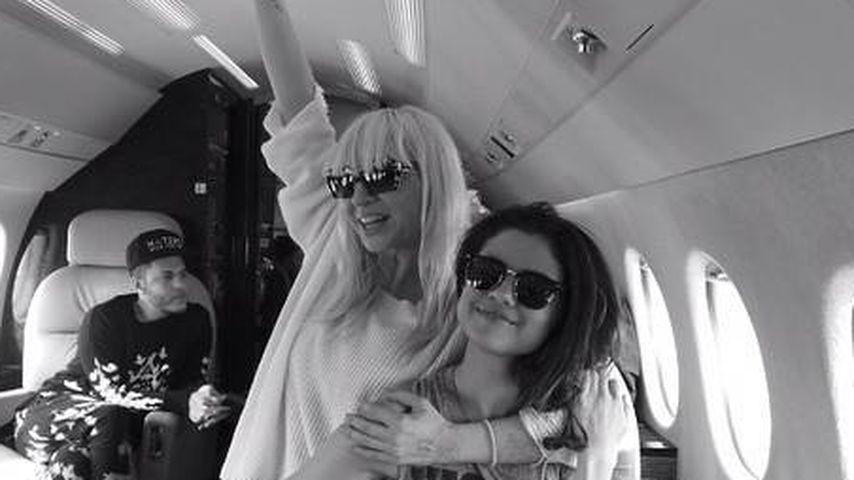 Erwischt! Macht Selena Gomez mit IHR einen Song?