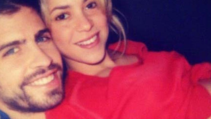 Im Glück! Shakira zeigt ihren nackten Babybauch