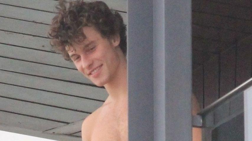 Heiß: Shawn Mendes zeigt sich oben ohne auf einem Balkon!