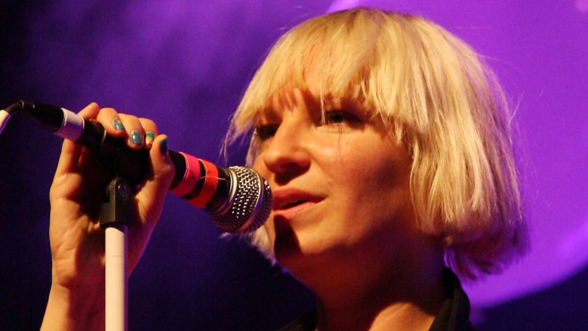 Schmerzmittel & Alkohol: Sängerin Sia war am Ende!