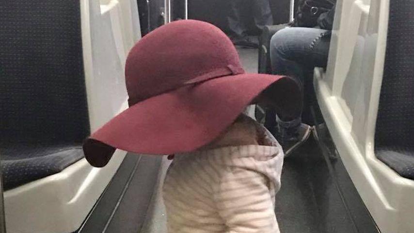 Süß: Welche Promi-Tochter ist hier undercover unterwegs?