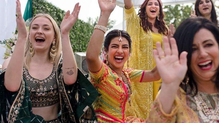 Sophie Turner und Priyanka Chopra bei der Mehendi-Feier
