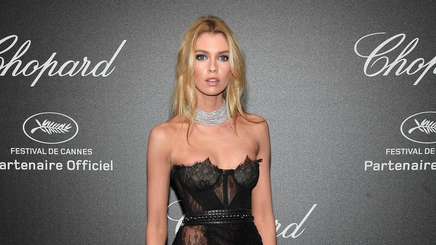 Stella Maxwell bei der Chopard Secret Night in Cannes