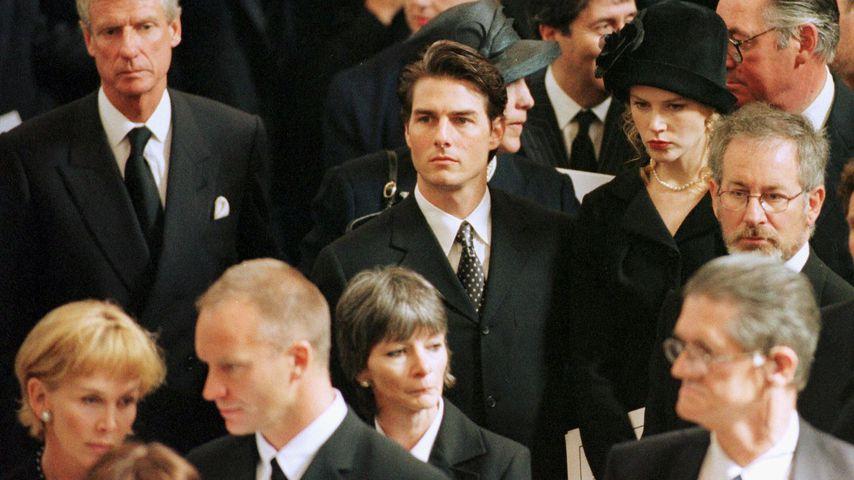 Sting, Tom Cruise, Nicole Kidman und Steven Spielberg bei Dianas Beerdigung