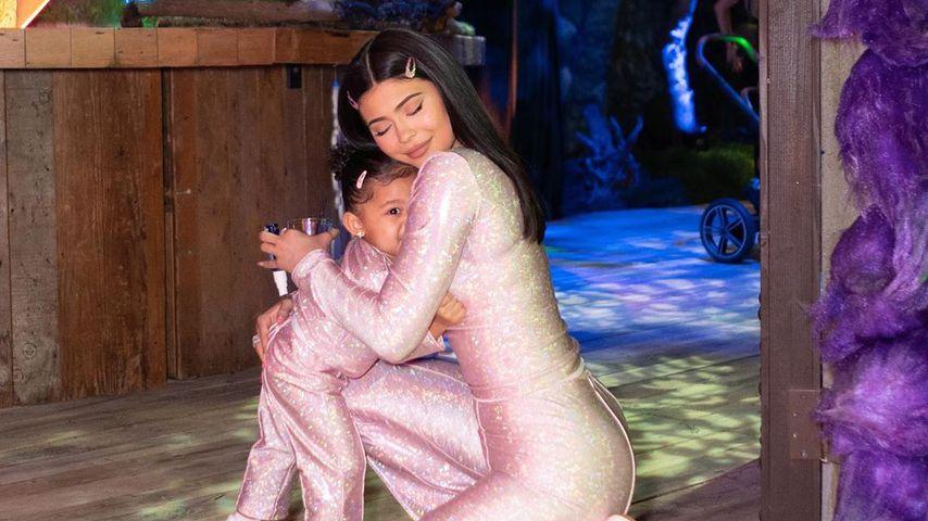 Stormi Webster und Kylie Jenner auf Stormis 2. Geburtstagsparty im Januar 2020