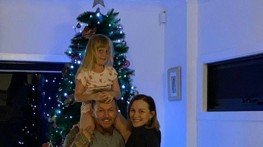 Susie Bradley mit ihrem Verlobten Todd Carney und ihrer Tochter Baby