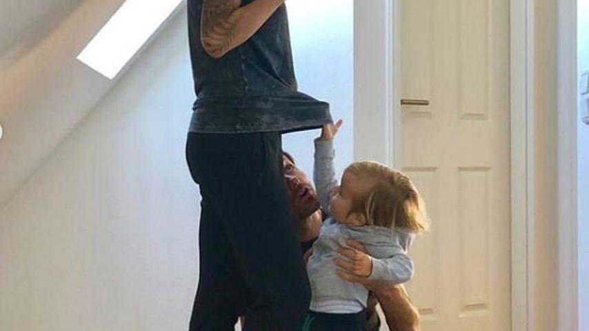 Sven Hannawald mit seinem Sohn Glen und seiner Frau Melissa