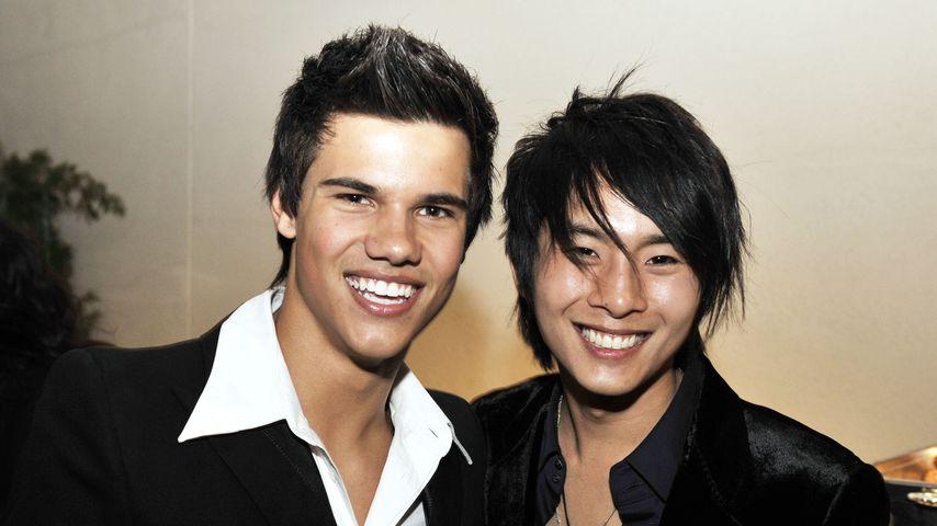 """Taylor Lautner und Justin Chon bei einer """"Twilight"""" Premiere 2008"""