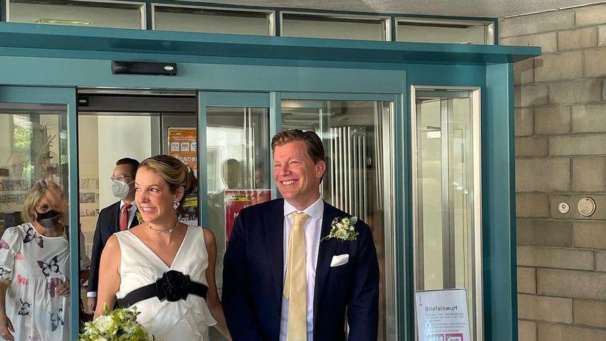 Tessy Antony und ihr Mann Frank Floessel bei ihrer Hochzeit