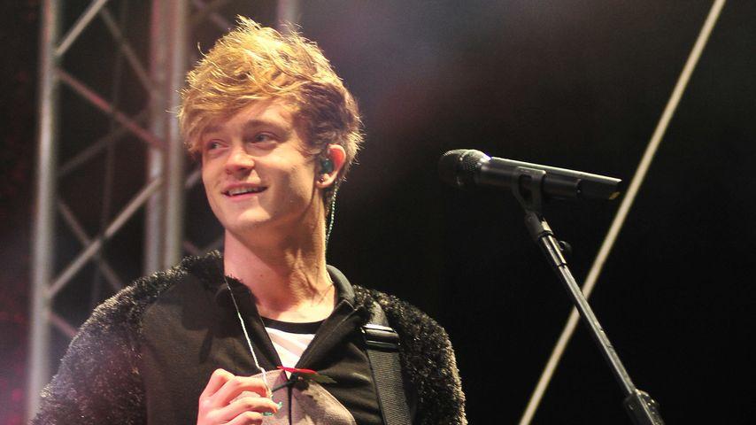 """Nach Bühnen-Sturz: Das sagt """"The Vamps""""-Connor"""