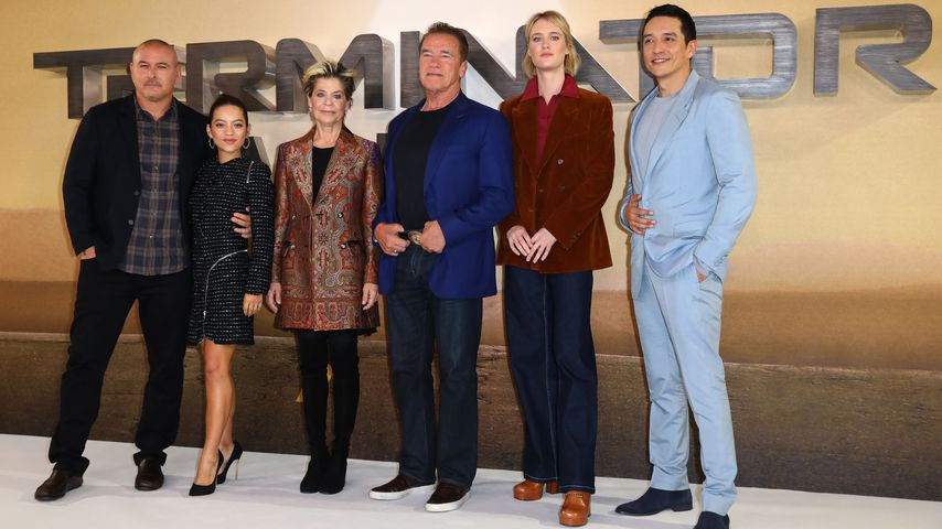 Tim Miller, Natalia Reyes, Linda Hamilton, Arnold Schwarzenegger, Mackenzie Davis und Gabriel Luna