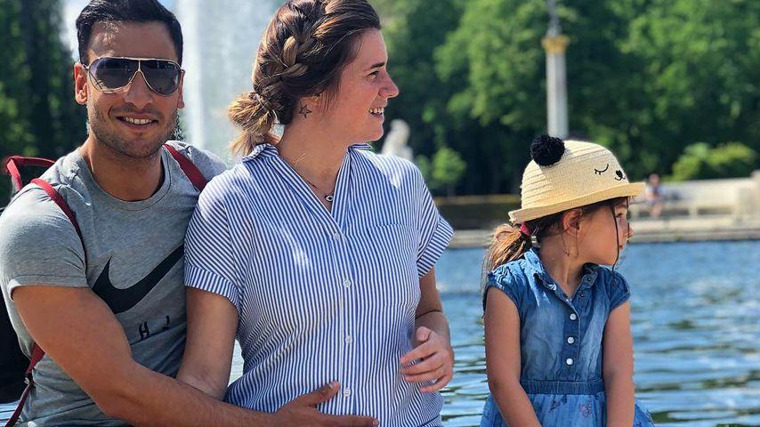 Timur Ülker mit seiner Partnerin Caroline Steinhof und Tochter Illeya
