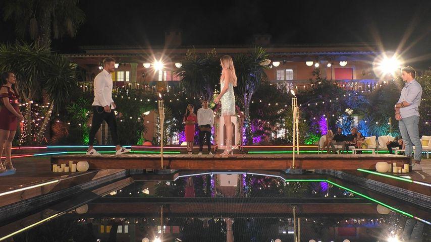 """Tobias Wegener und Natascha Beil bei der """"Love Island""""-Paarungszeremonie"""