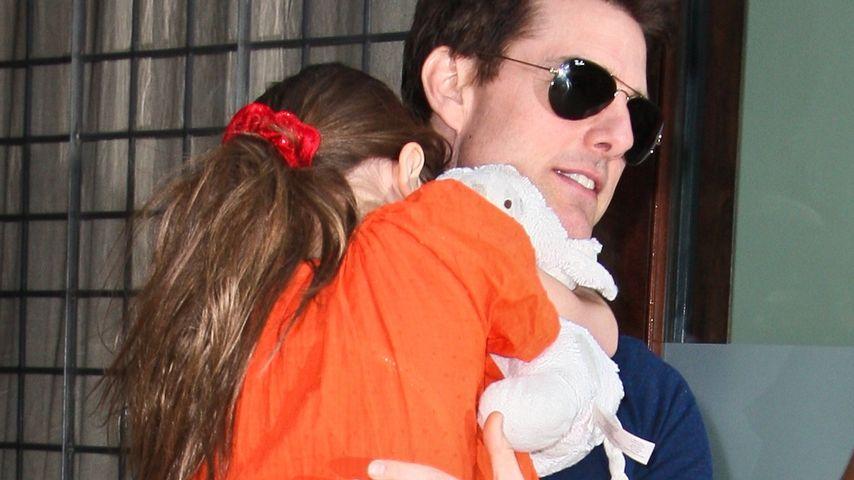 Tom Cruise weint nachts, weil er Suri vermisst