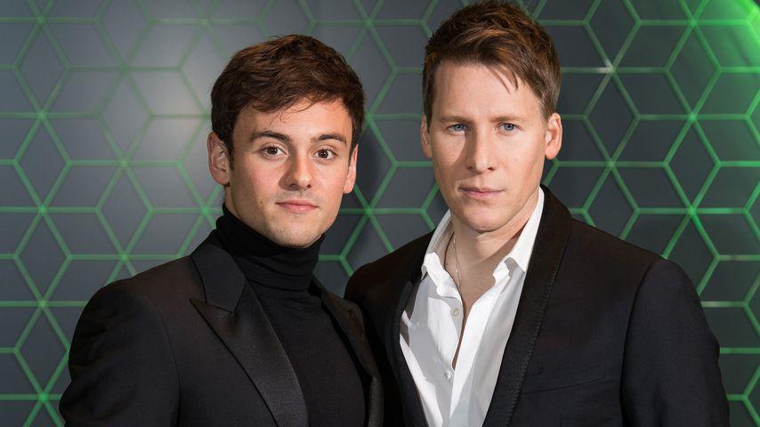 Tom Daley und Dustin Lance Black im Dezember 2018 auf einem Gala-Dinner in London