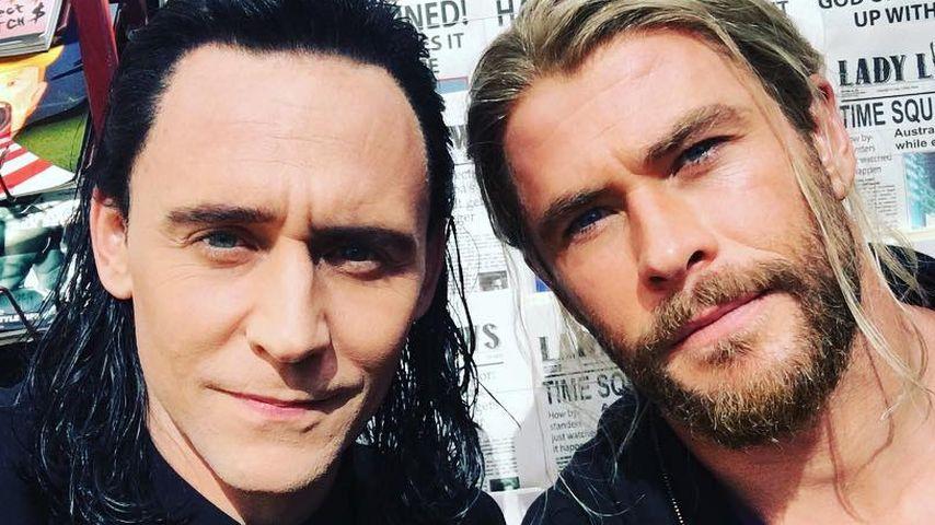 Throwback: Tom Hiddleston & Chris Hemsworth damals und heute