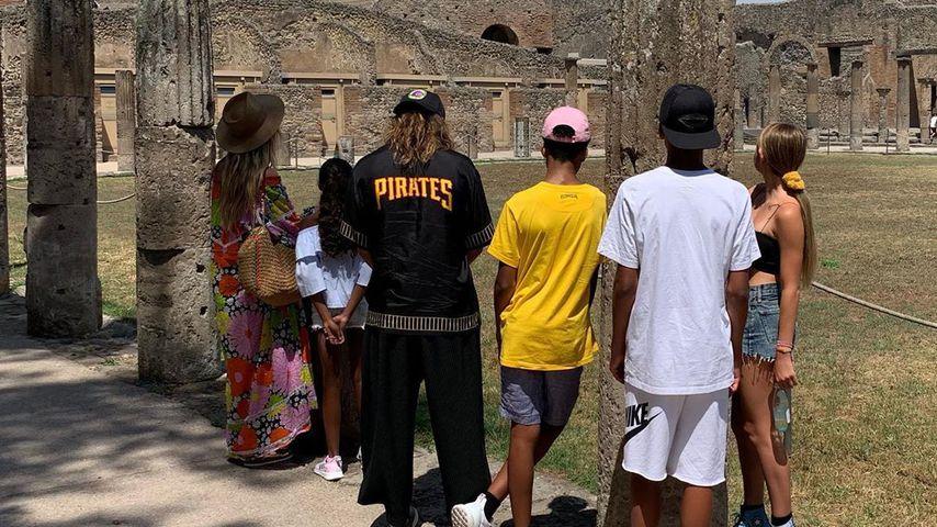 Tom Kaulitz, Heidi Klum und Heidis Kinder in Pompeji