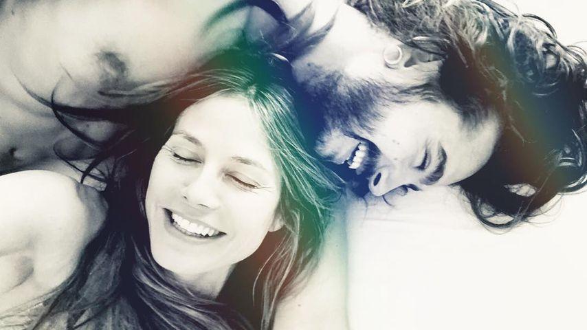 Tom Kaulitz und Heidi Klum im Bett