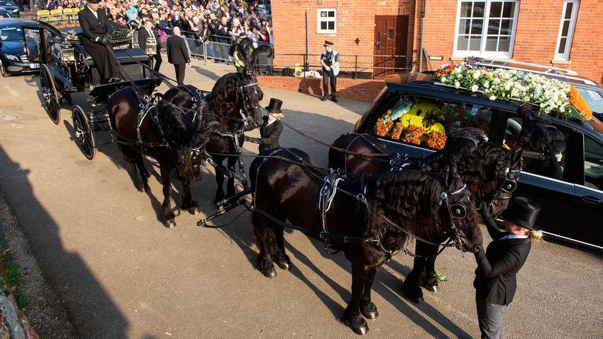 Trauermarsch bei Keith Flints Beerdigung im März 2019