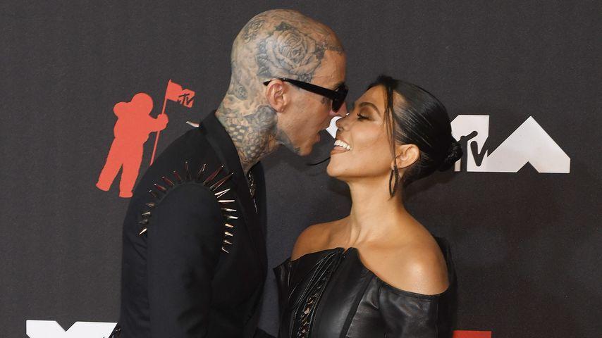 Travis Barker und Kourtney Kardashian im September 2021