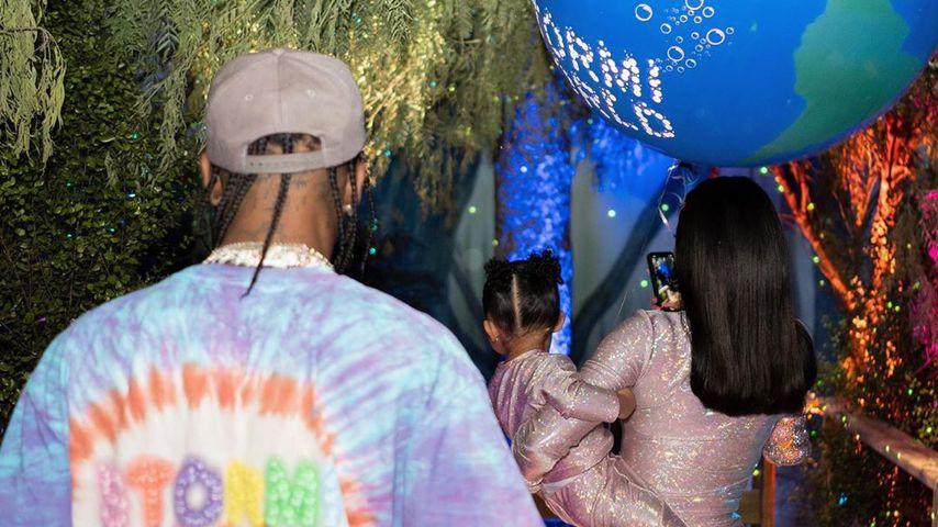 Travis Scott, Stormi Webster und Kylie Jenner bei Stormis 2. Geburtstagsparty im Februar 2020