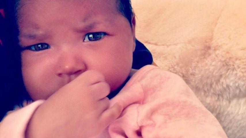 Ganz nachdenklich: Khloe K. zeigt neue Pics von Baby True!