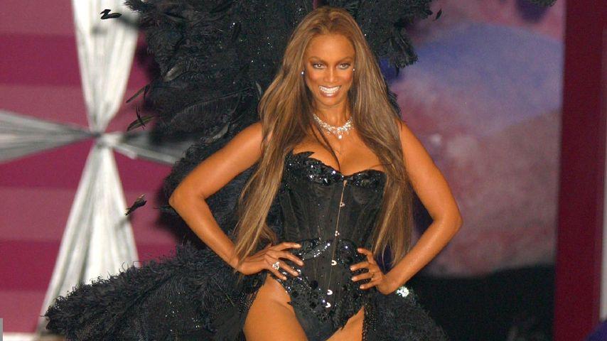 Tyra Banks bei einer Victoria's Secret Show