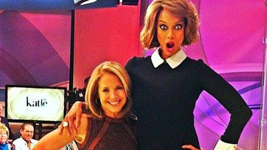 Witzige Fotos: Tyra Banks ist ein Riese!
