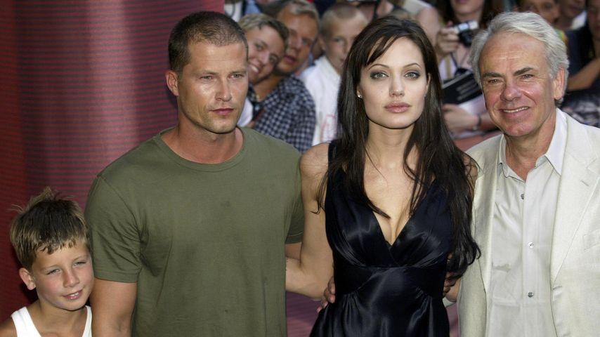 Valentin Schweiger, Til Schweiger, Angelina Jolie und Jan De Bont im Jahr 2003