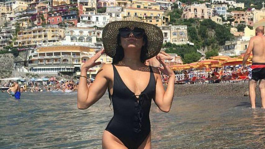 Vanessa Hudgens in Positano in Italien